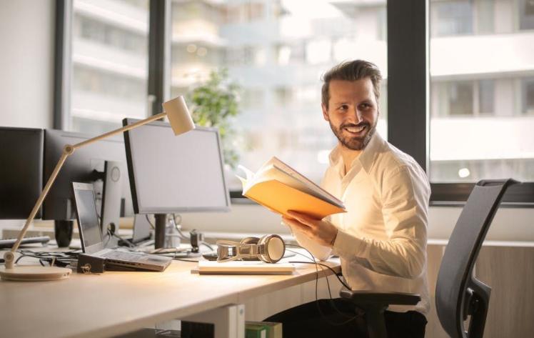 Hari Pertama Kerja, 3 Hal yang Diperhatikan Saat Jadi Karyawan Baru